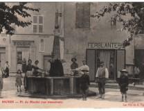 La place du marché de Signes à la fin du XVIIIe siècle.