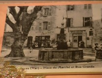 Place du marché vers 1930 - Photo originale
