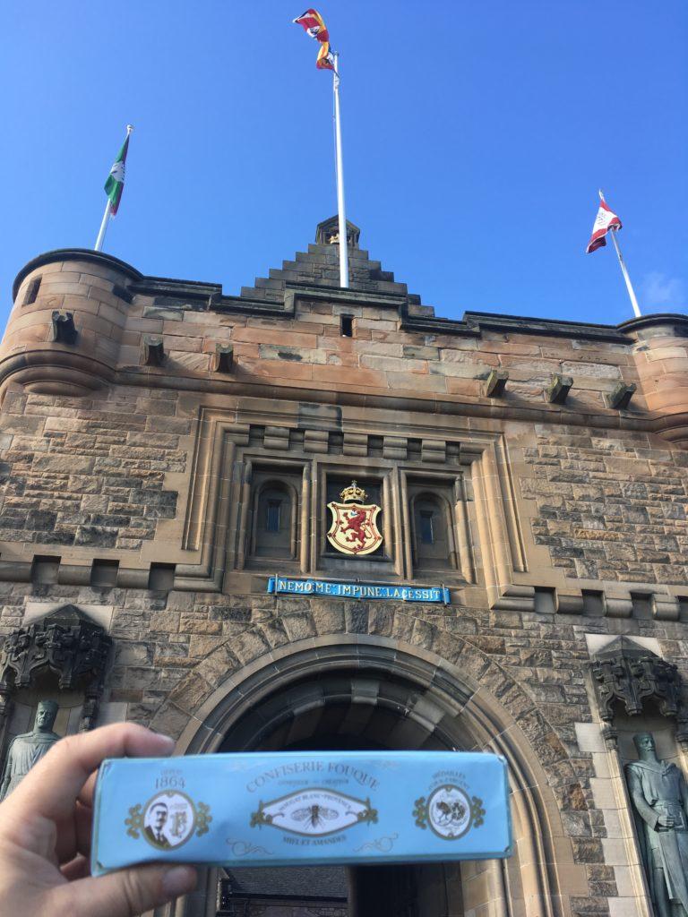 Le nougat Fouque aux portes du château d'Edimbourg ! A. Ritter