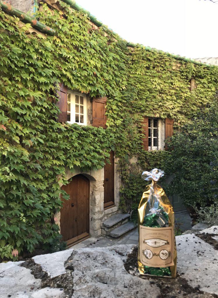 C'est dans l'Hérault, aux Matelles, que le nougat Fouque excelle. C. A.